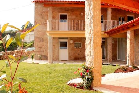 Casa da Nininha - Villa