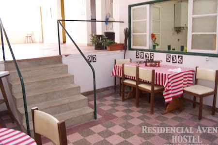 Residencial-Avenida Hostel  single - Hus