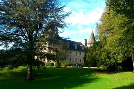 The Historic Chateau de Beaufort - La Roche-Canillac