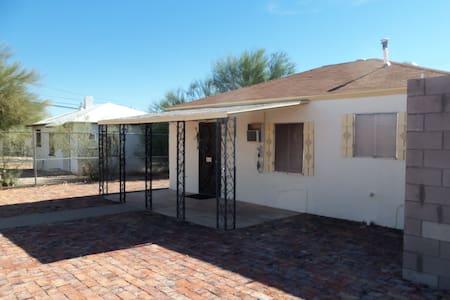 Palo Verde home, small & beautiful - Ajo - Hus