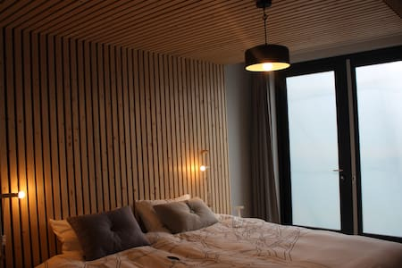 Design B&B HEI15 kamer begane grond - Bed & Breakfast