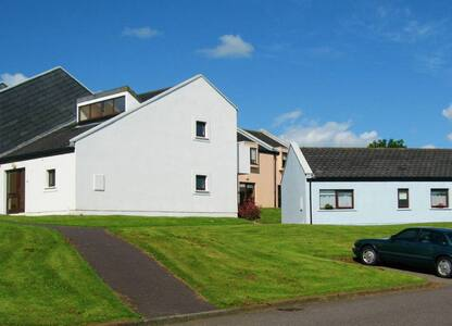 Carleton Village, Youghal, Co. Cork - 3 Bedroom holiday Home - Youghal