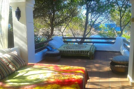 Lovely room, over the Ocean in Portinatx, Kayaking - Sant Joan de Labritja - House