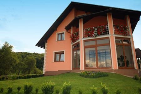 House in the green countryside.  - Otočac - Bed & Breakfast