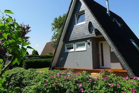 Nurdachhaus,Kamin,WLan,Strandkorb - Wittmund-Carolinensiel - Casa