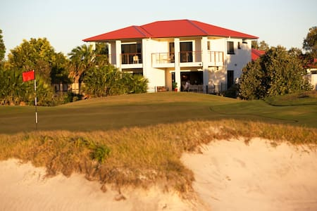 """The Golfer's Lodge - """"The Back 9"""" - Weekday Offer - Villa"""