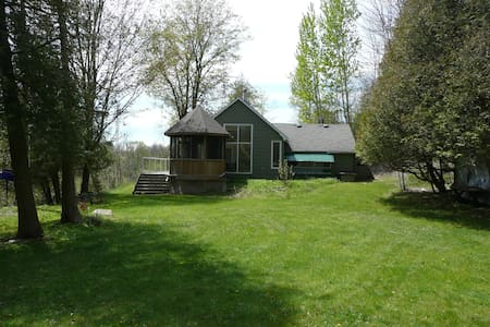 Private Cottage in Hockley Valley - Chalet