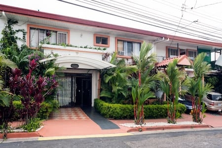 Casa Lima B&B Best Rates!