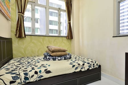 3 Bedrooms (SK3) Centrally located  - Hong Kong Island - Apartment