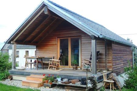 Top 20 niklasdorf vacation rentals vacation homes condo for Modernes tirolerhaus