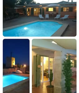 Quiet finca with swimmingpool, wifi - Huis