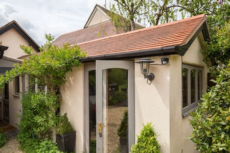 The Garden Room Central Malvern/common/golf course - Worcestershire