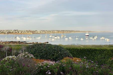 Location charme**** vacances Bretagne bord de mer - Willa