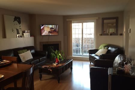 Home hosted by Sharon Delpeche. - Vaudreuil-Dorion