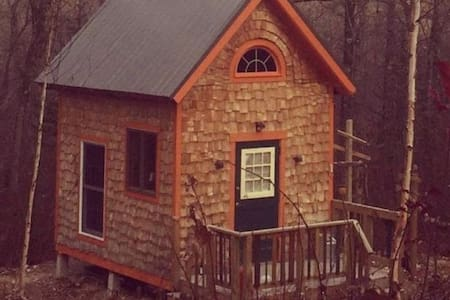 Crooked River Tiny House - House