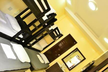 EL Renzo Tagaytay 2Double Deck Beds - Bed & Breakfast