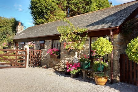 The Stables ,17th Cent. Water Mill - Truro - Bungalou