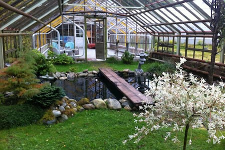 Meretes Garden - yoga, spa, retreat - Valldalen - Tält