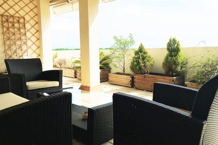 Fantástico ático con relajantes terrazas - Mollerussa - Appartamento