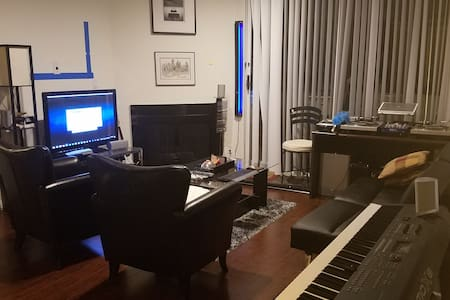 1 bedroom + living room in W. Hollywood! - West Hollywood - Condomínio