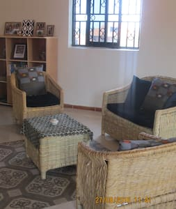 Cosy apartment homestay (Muyenga-Bukasa) - Kampala - Appartement