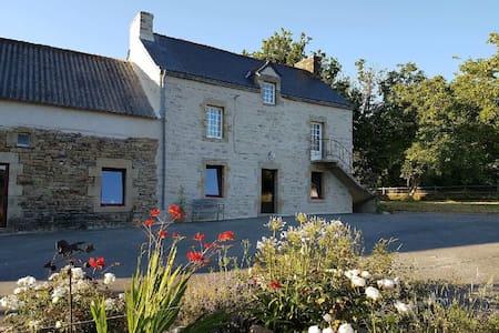 Grand gîte en pierre en pleine nature,Morbihan Sud - Moustoir-Ac