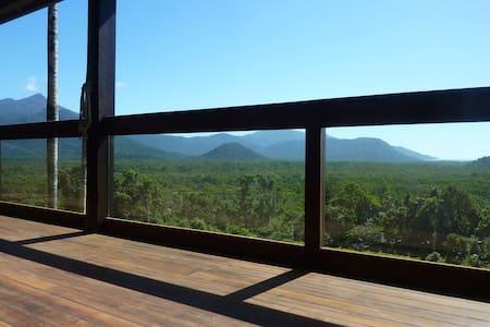 Daintree Holiday Homes - La Vista - Cow Bay - Rumah