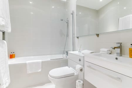 Modern 2 bedrooms in HIP SHOREDITCH - London - Apartment