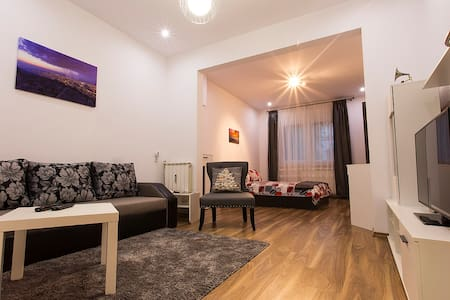 Style & Comfort - Apartment