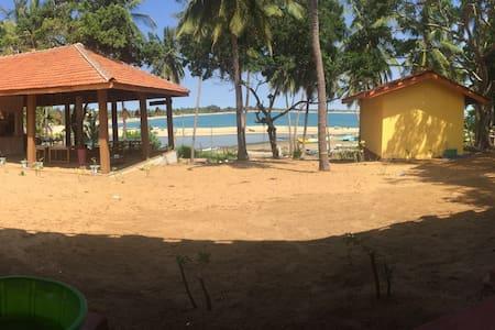 The Bay Ishara Village 1 - Pottuvil - Pensió