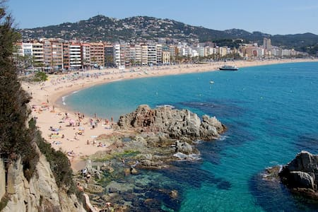 top 20 des locations de vacances lloret de mar. Black Bedroom Furniture Sets. Home Design Ideas