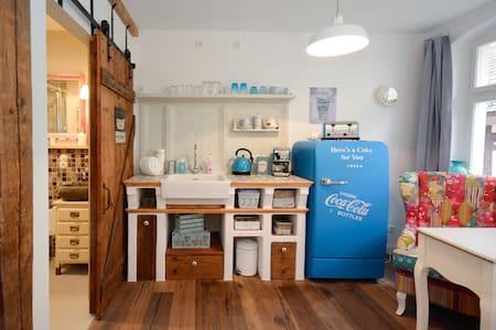 liebevoll eingerichtetes Apartment - Piso Inteiro
