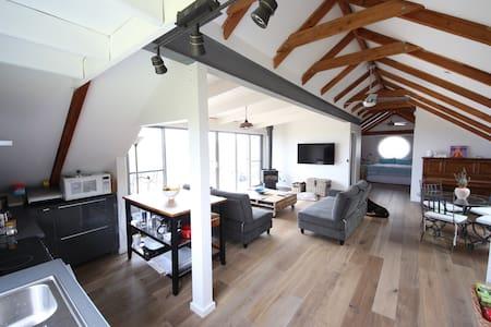 Luxurious loft apartment - Ventnor