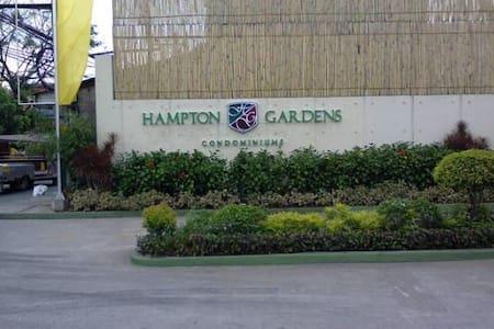 Studio Unit - Hampton Gardens Condo Pasig City - Pasig - Apartment