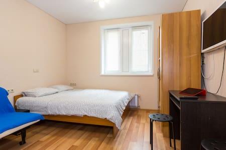 001 Уютная студия с джакузи - Apartament