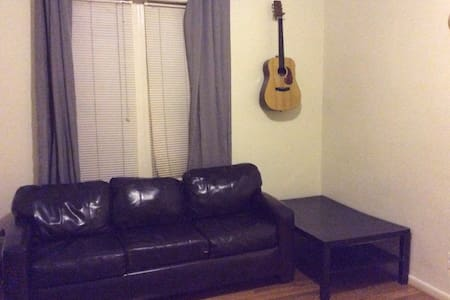 Private Living Room With Real Bed - Brooklyn - Appartamento