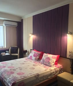White rose spacious double room - Hus