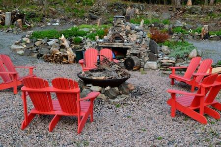 Glenn Burney Lodge Cabin #3 - Parry Sound - Chatka