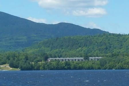 Moosehead Lake 3 bedroom, 3 bath condo - Greenville - Appartement en résidence