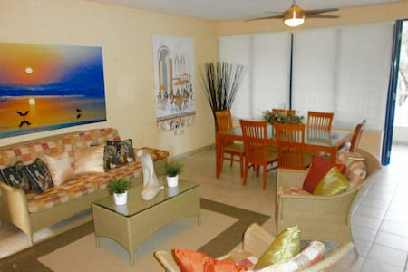 Villa- Palma Dorada Village - Dorado - Apartment