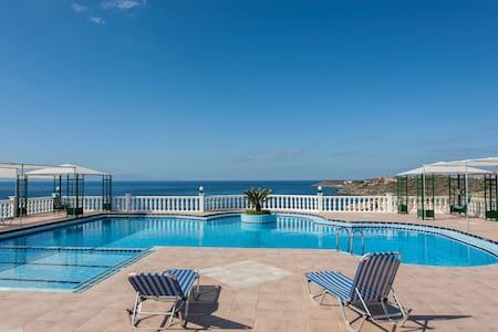 One bedroom poolside apt sea view - Condominium