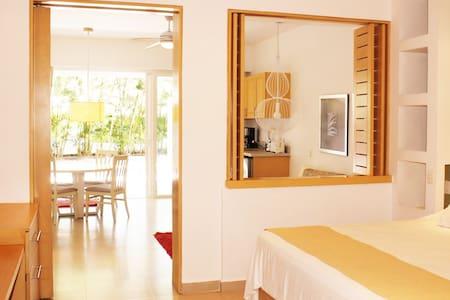 Taheima 1 Bedroom Condo in Golf Country Club - Apartament