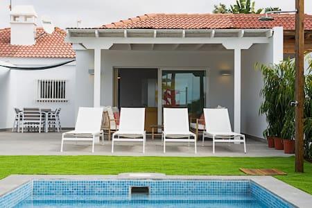Villa Pasito Blanco 11 - Villa