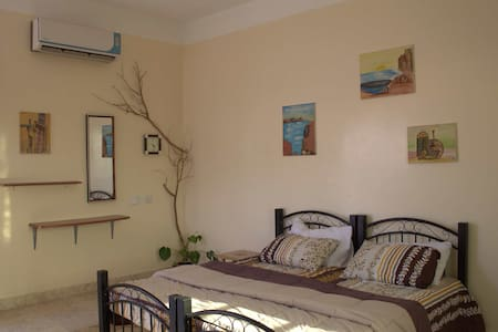 A Charming Room in the Heart of OMAN - Casa