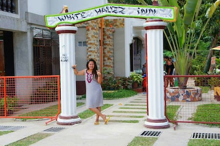 White Hauz Inn - House