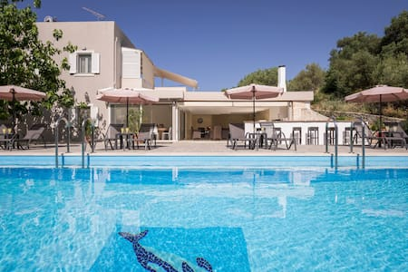 Villa Almyros with private pool close to the beach - Georgioupoli - Villa