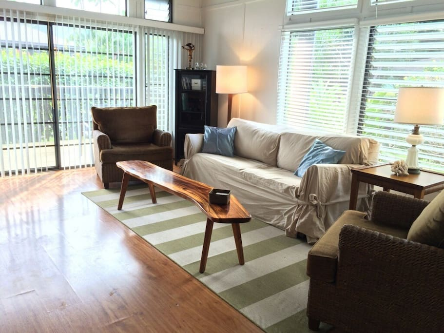 Light, bright and airy great room with wood flooring