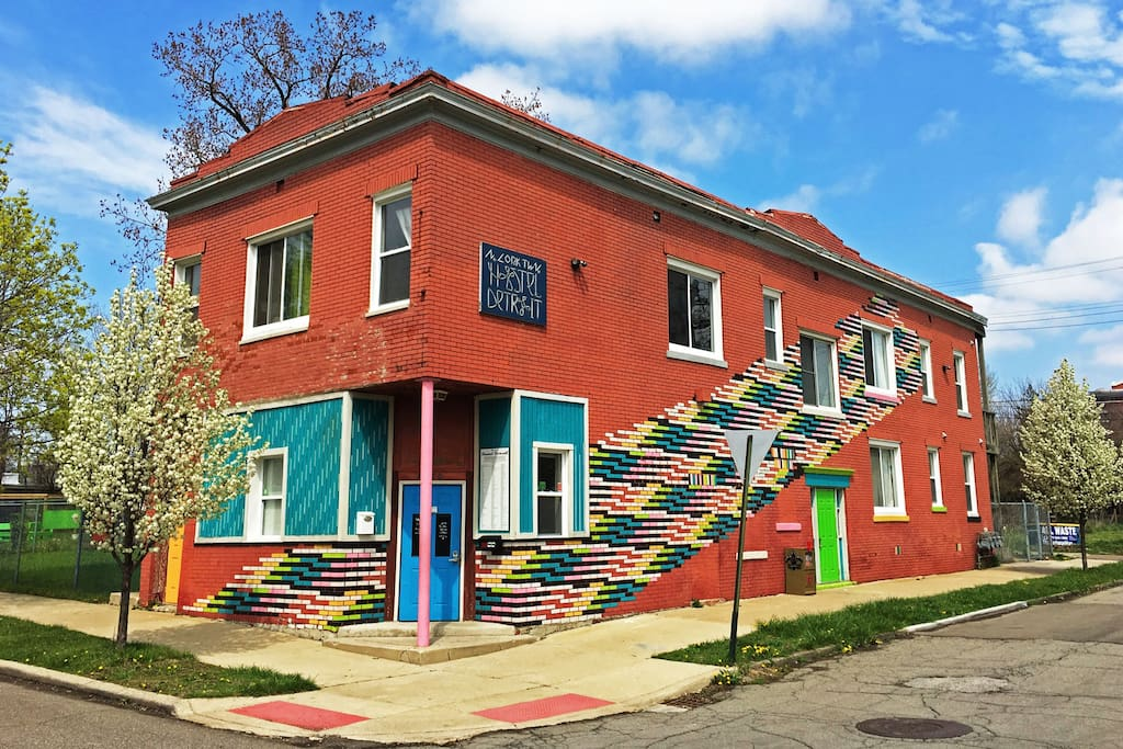 cheap comfortable bunk bed private room for 2 houses for rent in detroit