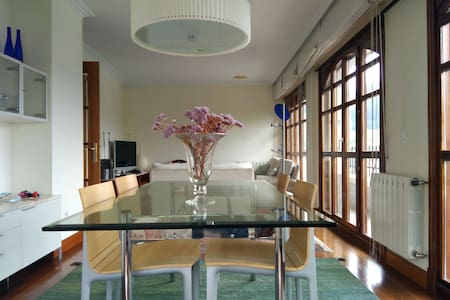 Spacious duplex with nice views - Apartemen