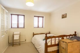 Picture of Double ensuite with parking